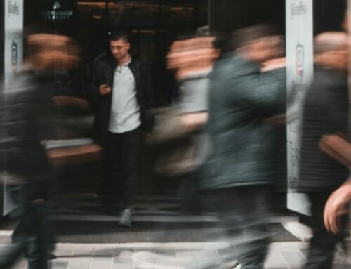 to 猎头:别人争夺头部客户,为什么我建议你将一些目光投向初创公司?
